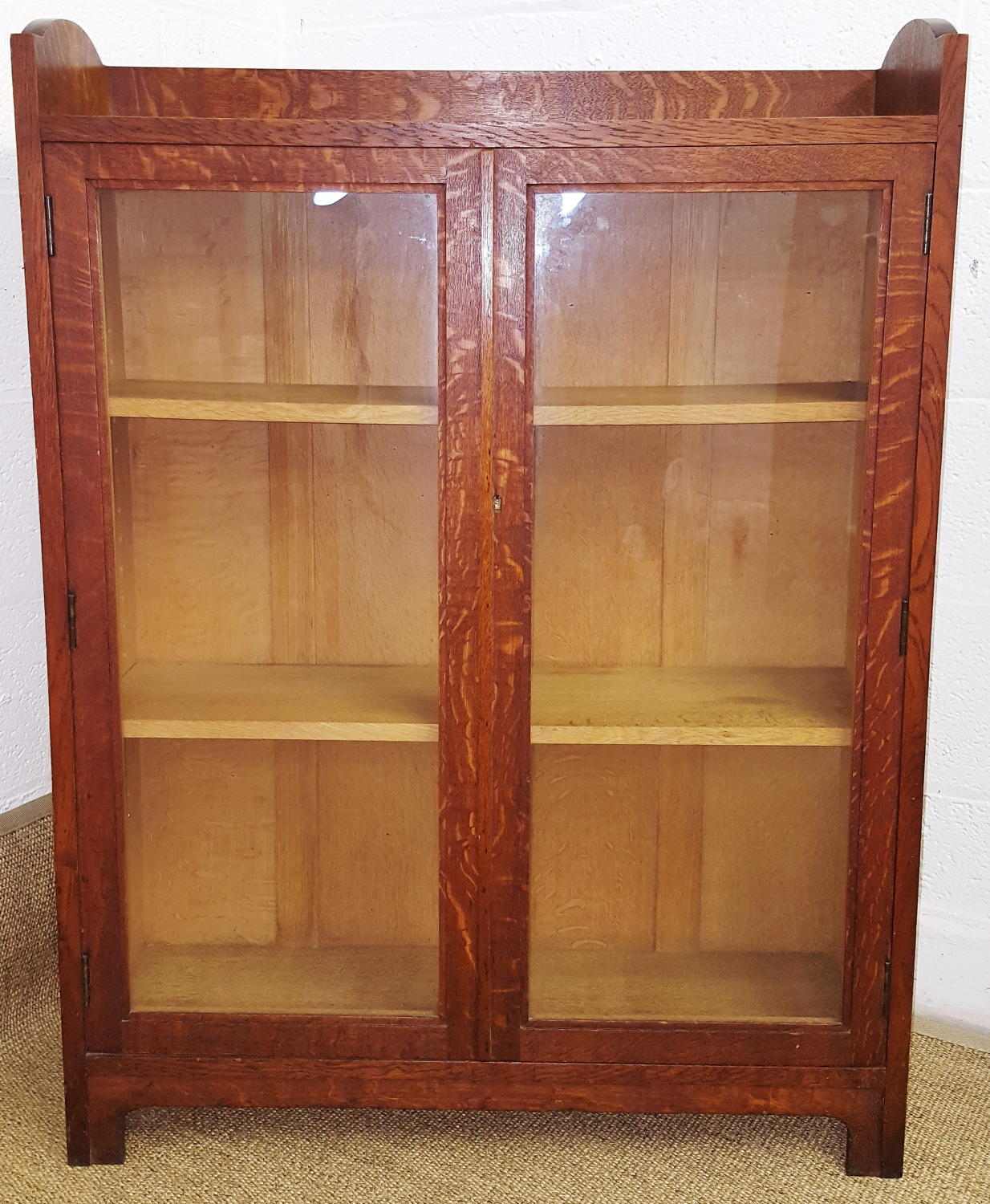 HEALS OAK BOOKCASE C1920