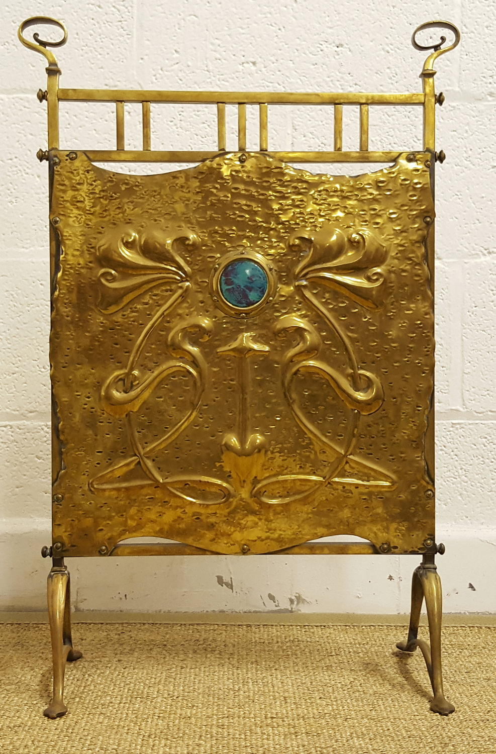 ARTS AND CRAFTS BRASS REPOUSSE FIRESCREEN C1910